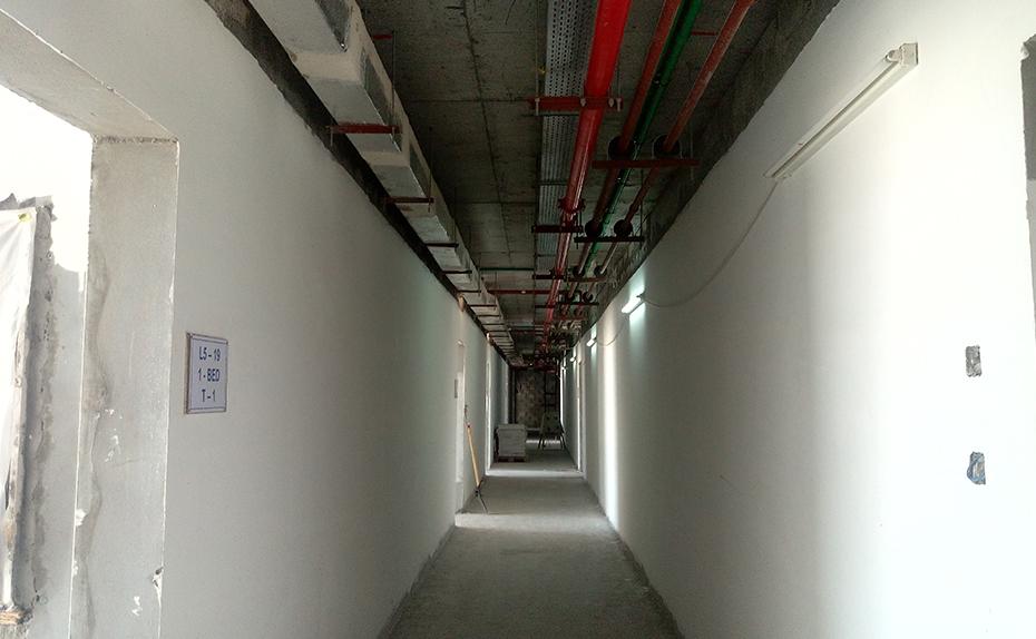 Corridor at level 5- Electro-Mechanical work done ready to receive ceiling.