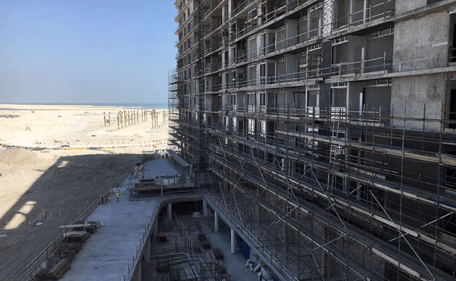 Marassi Residences - Glazing installation at south tower, January 2018